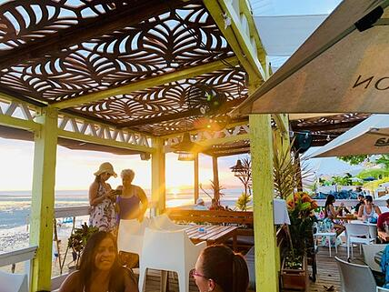 ECI_panama_beach_dining_sunset-1